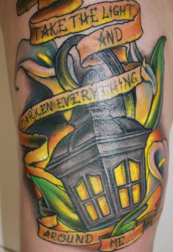 Banner Antique Lantern Tattoo