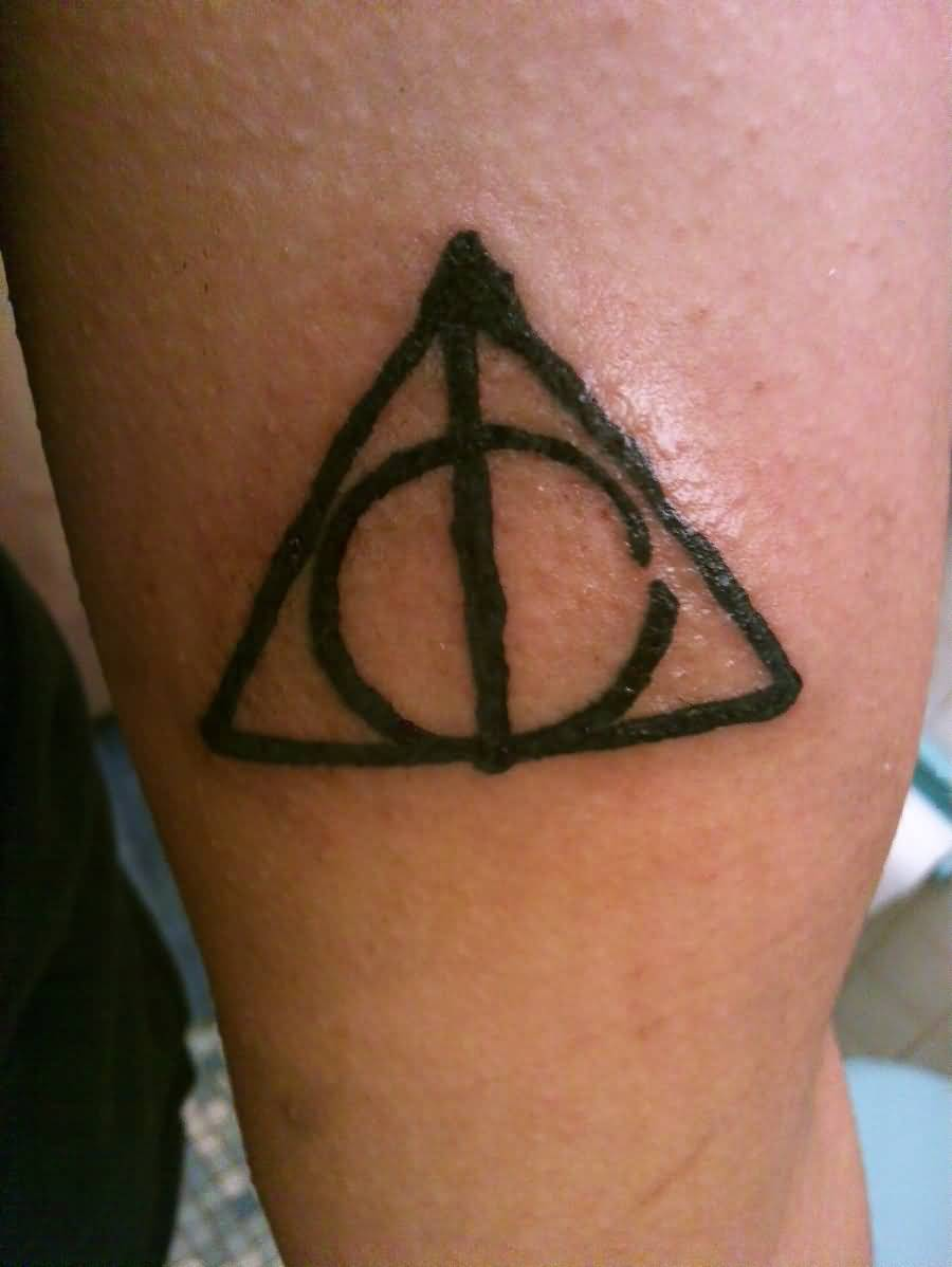 Black Ink Nice Deathly Hallows Tattoo (2)