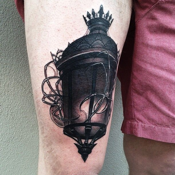 Classy Awesome Antique Lantern Tattoo On Thigh