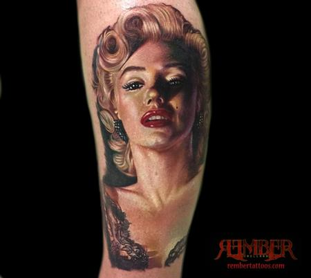 Fantastic And Amazing Marilyn Monroe Face Tattoo Design Idea