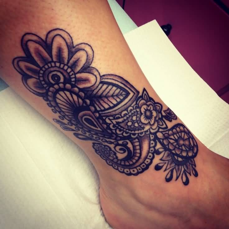 Fantastic And Nice Paisley Pattern Flower Tattoo