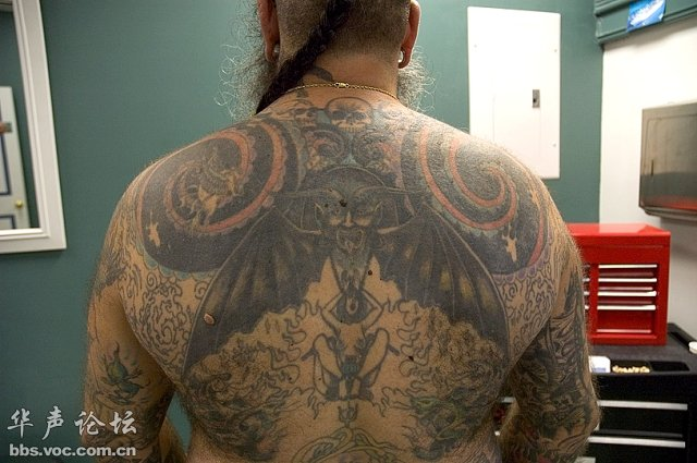 Full back Amazing And Simple Extreme Tattoo