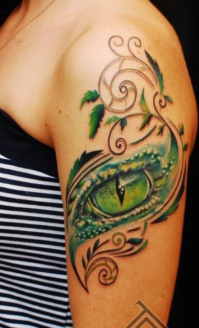 Girl Shoulder With Dangerous Snake Eye Tattoo