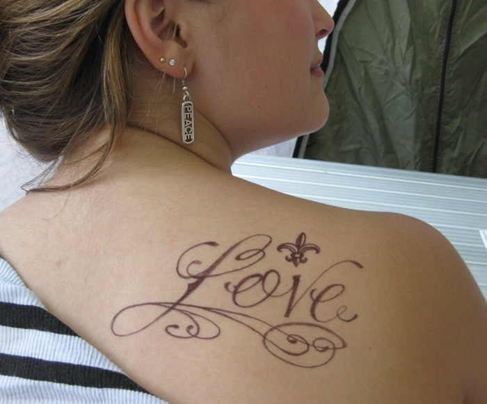 Girl Upper Back Nice Love Fleur De Lis Tattoo