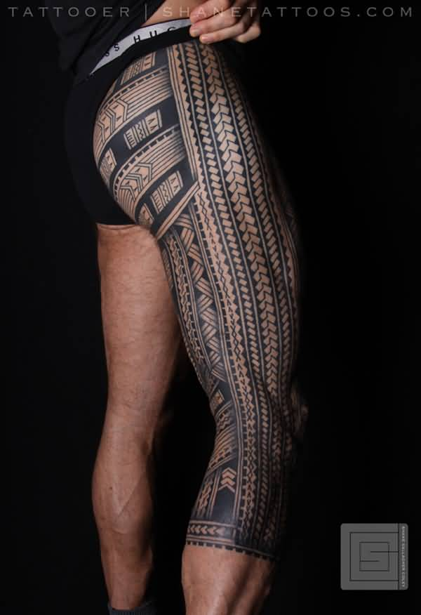 Grey Ink Nice Samoan Tattoo Design On Leg