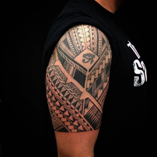 Half Sleeve Hawaiian Samoan Tattoo With Eye