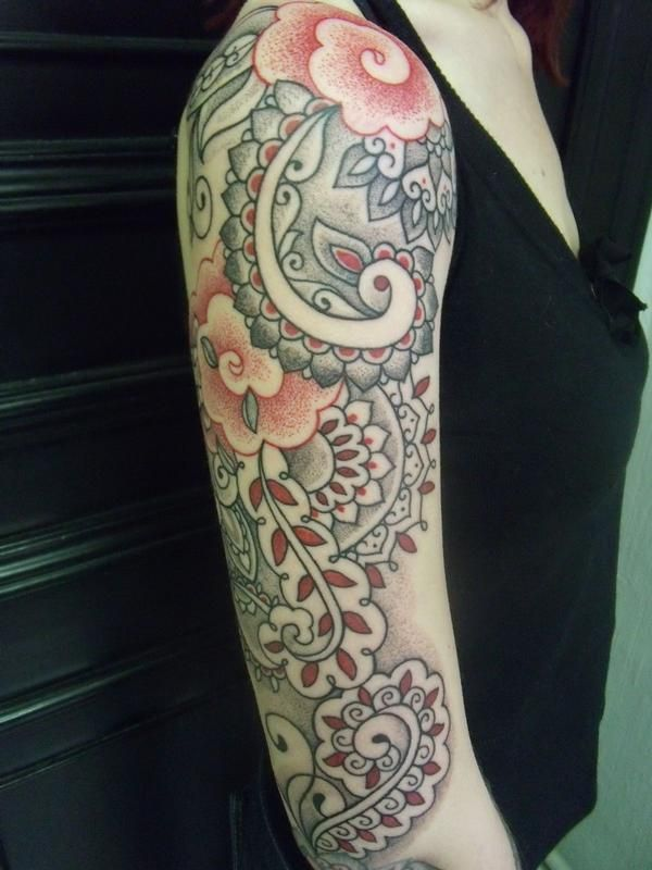 Half Sleeve Nice And Simple Paisley Pattern Flower Tattoo (2)