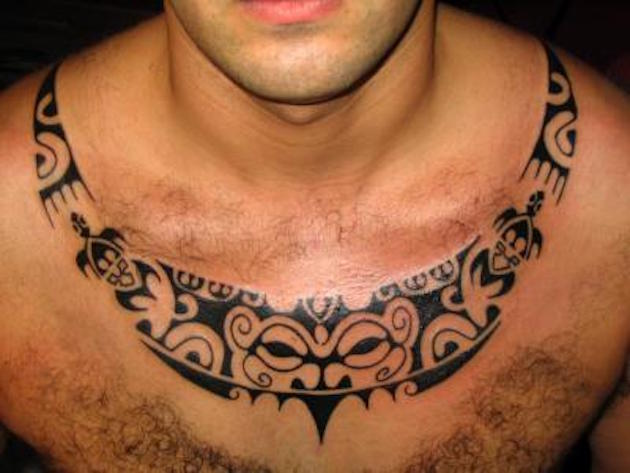 Hawaiian Black Necklace Mask Tattoo