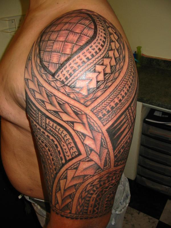Hawaiian Samoan Tattoo On Half Sleeve