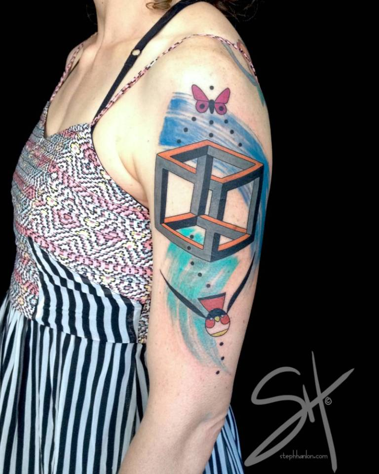 Hot Girl Show Nice Escher Cube Tattoo On Girl Shoulder