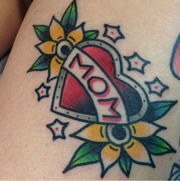 Lovely Flower With Amazing Mom Banner Heart Tattoo