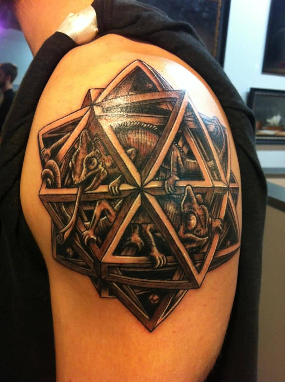 Men Shoulder Amazing And Nice Lizards In Escher Star Tattoo