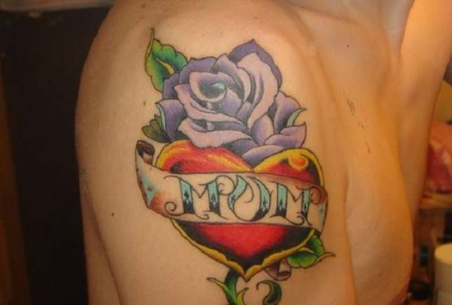 Men Shoulder Nice Rose Flower Love Heart Mom Banner Tattoo