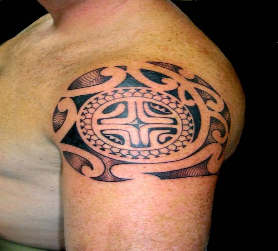 Men Shoulder Simple Samoan Tattoo