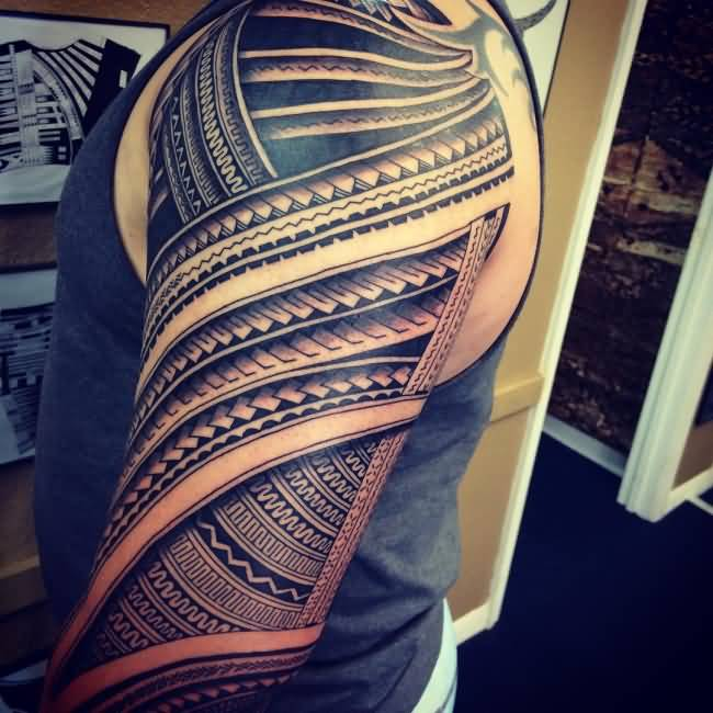 Men Show Full Sleeve Samoan Tattoo
