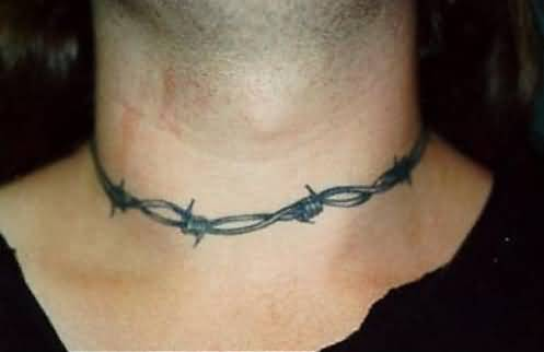 Men Show Simple Barbed Wire Necklace Tattoo