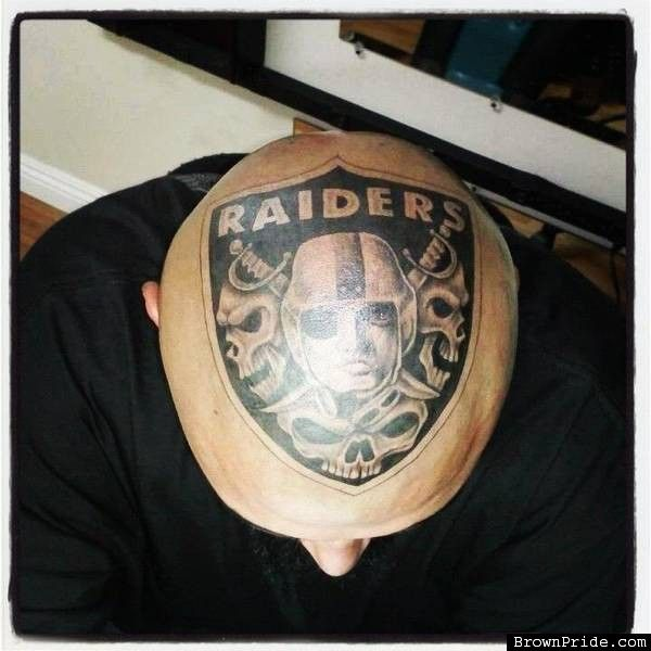 Men Top Head Amaizng Oakland Raiders Logo Skull Tattoo