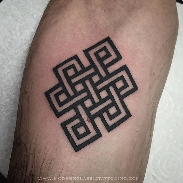 Nice And Amazing Endless Knot Tattoo Design By Black Ink
