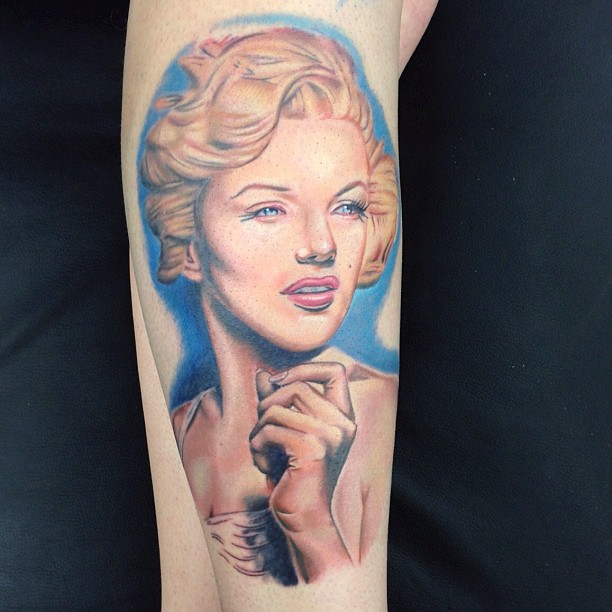 Nice And Amazing Marilyn Monroe Girl Face Tattoo
