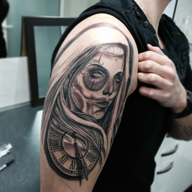 Nice Clock With Upper Sleeve Catrina Tattoo