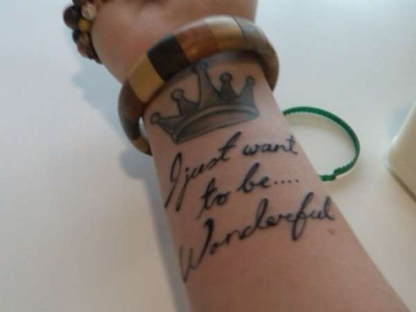 Nice Crown With Nice Marilyn Monroe Text Tattoo