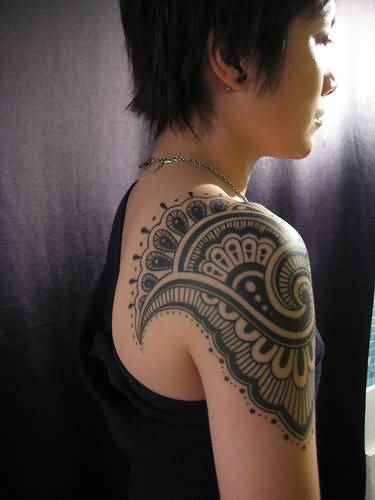 Nice Girl Shoulder With Paisley Pattern Tattoo