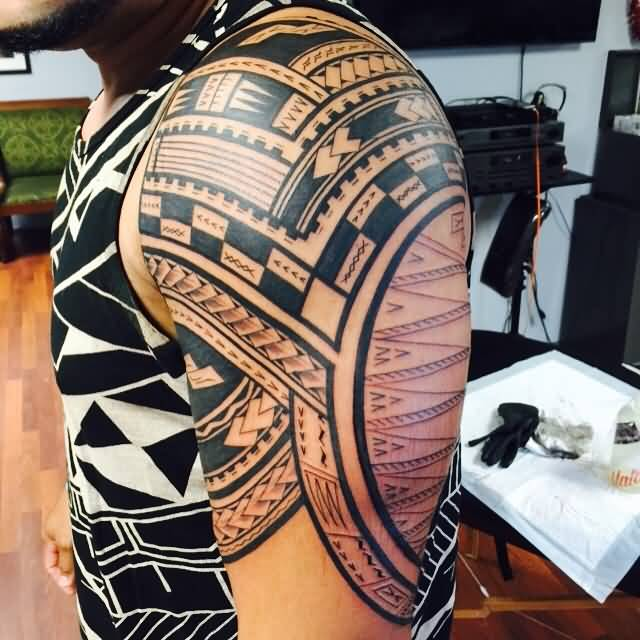 Nice Half Sleeve Simple Samoan Tattoo For Men