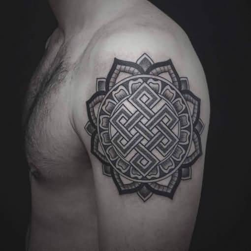 Nice One More Endless Knot Tattoo Design For Shoulder
