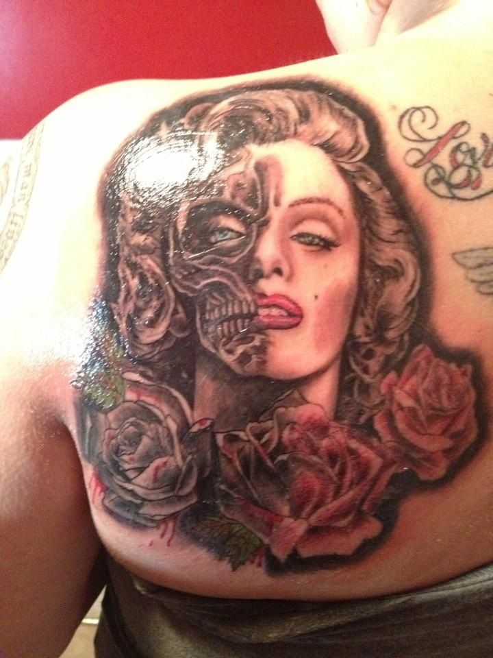 Nice Rose With Skull Marilyn Monroe Tattoo