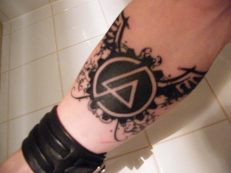 Nice Wings Amazing Linkin Park Symbol Tattoo (2)