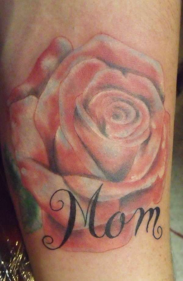 ROse Beautiful Flower With Mom Letters Tattoo