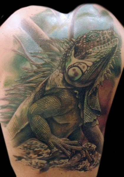 Scary And Big Reptile Lizard Tattoo Design On Back