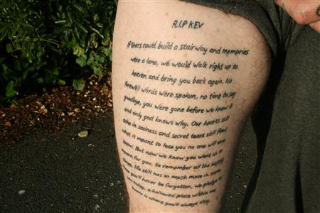 Simple Poem Tattoo Design Idea Make On Thigh