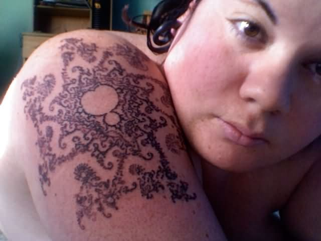 Simple Shoulder Nice Mandelbrot Fractal Tattoo