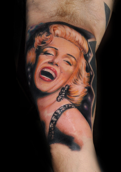 Smiling Face Of Nice Marilyn Monroe Tattoo