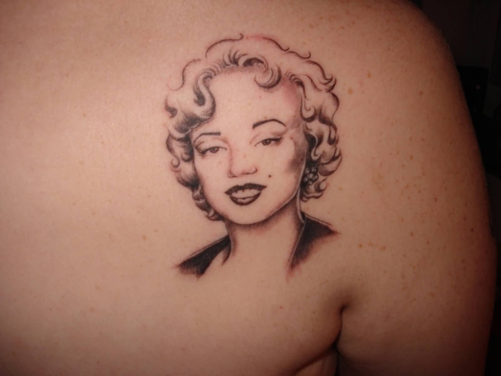 Smiling Pse Face Upper Back Marilyn Monroe Tattoo
