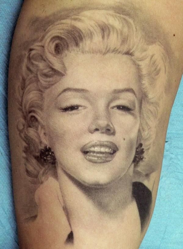 Wonderful And Classy Marilyn Monroe Tattoo Design