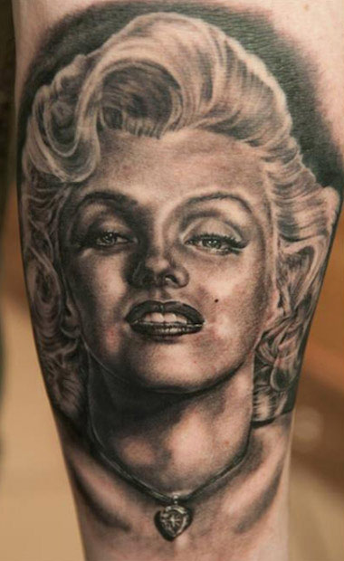 Wonderful Classy And Nice Marilyn Monroe Portrait Tattoo