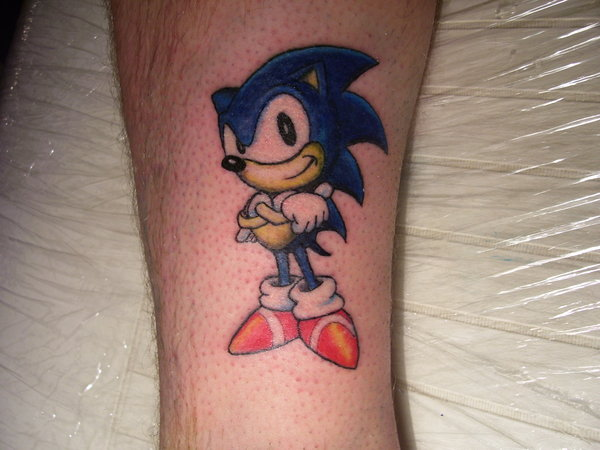 Famous And Nice Sonic Cartoon Tattoo On Leg
