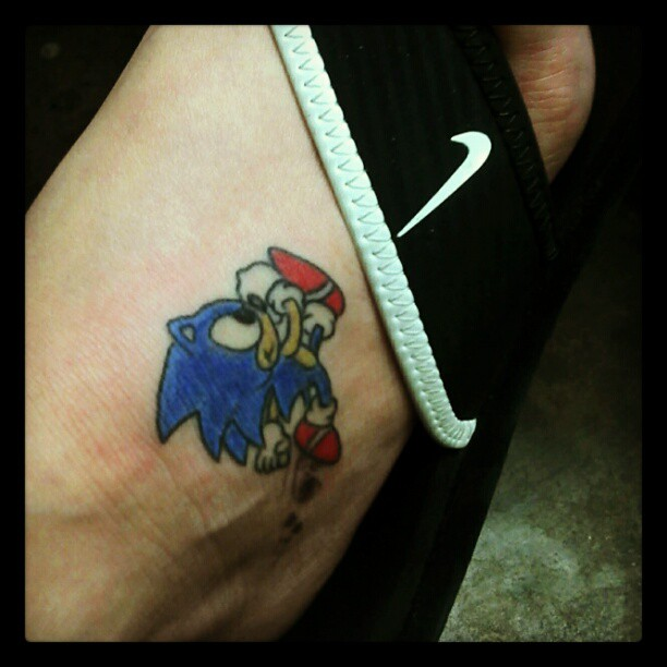 Nice And Amazing Sonic Cartoon Foot Tattoo
